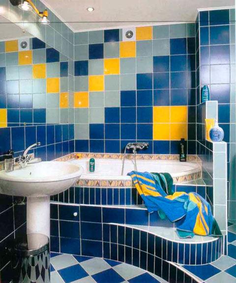 Пример ванной комнаты отделанной плиткой