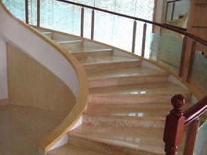 Какую лестницу выбрать?