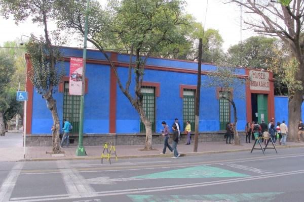 Синий дом Фрида Кало Мексика