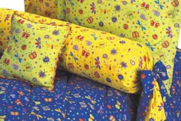 Синий и желтый цвет в интерьере